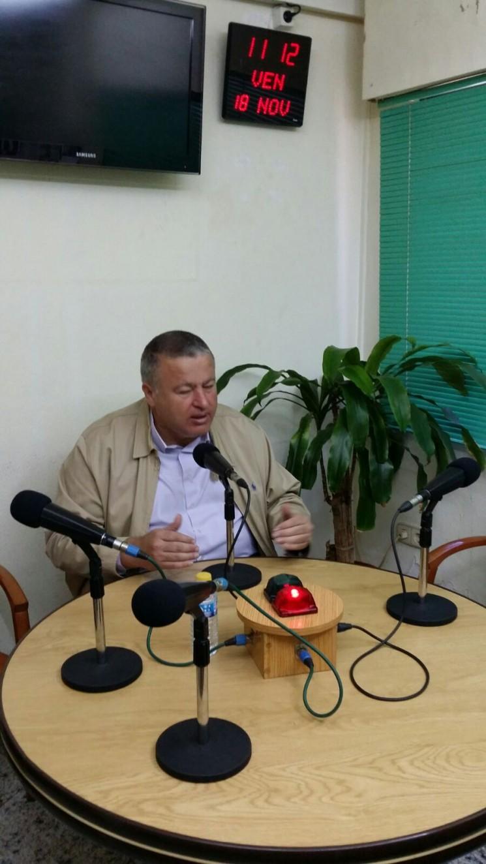 Paco Bernabé visita Radio Unión