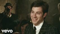 Mark Ronson – Valerie (Official Video) ft. Amy Winehouse