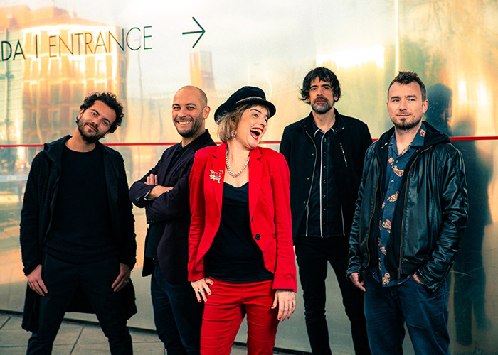 AMYJO DOH & THE SPANGLES PRESENTAN NUEVO VÍDEO CLIP TITULADO «NOW IT'S GONE»